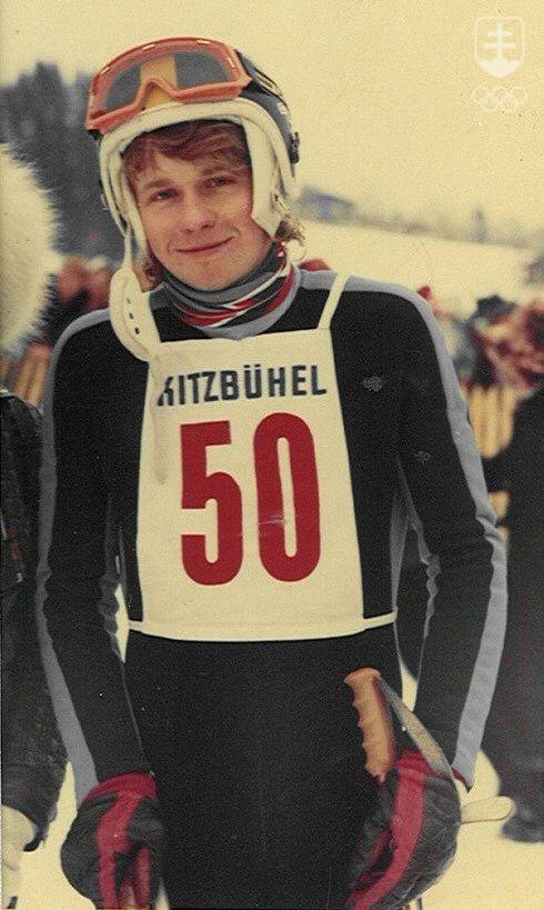 Vôbec prvý Slovák, ktorý štartoval v najobávanejšom zjazde zjazde na trati Streif - Hahnenkamme v rakúskom Kitzbüheli. Písal sa január 1973 a Peter Reitmayer mal len devätnásť rokov...
